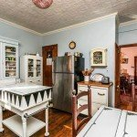 Mid-Week Five: Homes Near Hollins Market