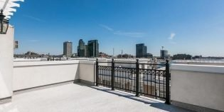 Million Dollar Monday: 3,092 Sq. Ft. HarborView Townhome with a Garage
