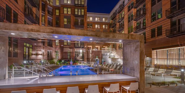 Rental Spotlight: A Resort-Style Pool, State-of-the-Art Fitness Center and Luxury Apartments at Banner Hill Near the Inner Harbor